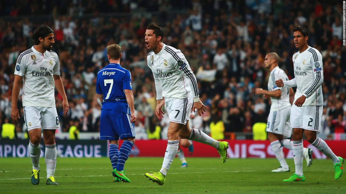 Cristiano Ronaldo headed Real level just five minutes later to restore his side's two-goal aggregate lead.