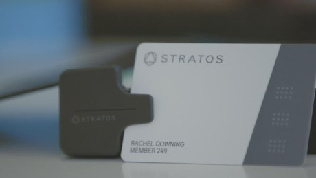 money stratos credit card_00011407