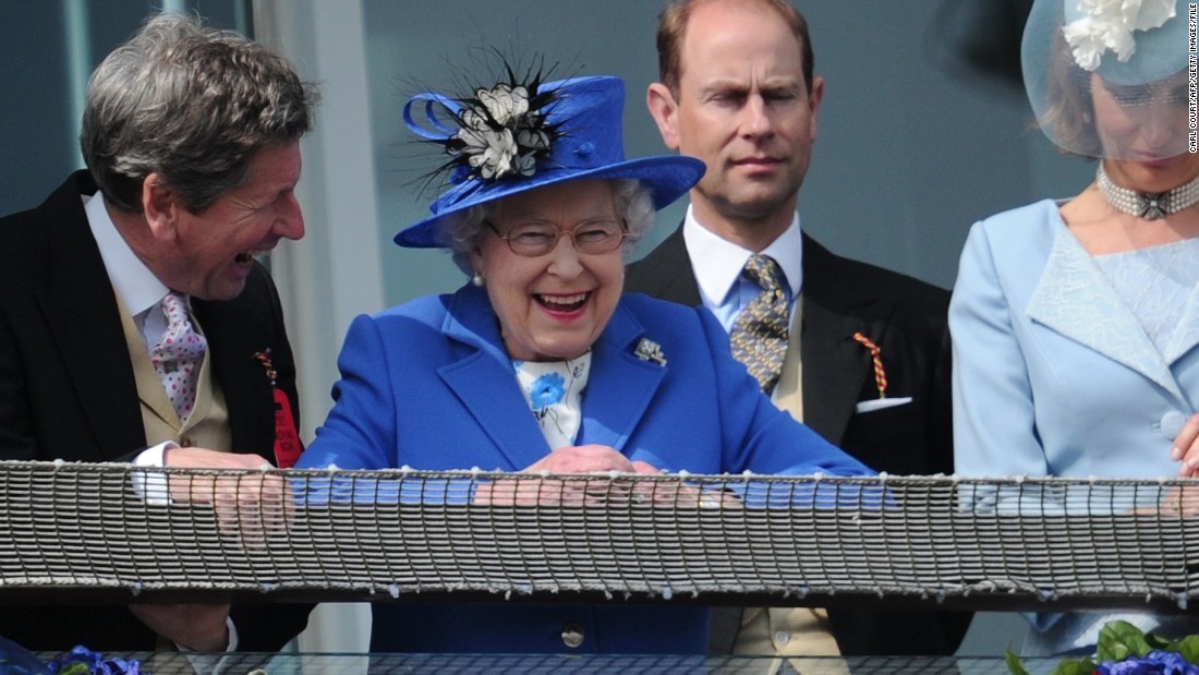 If you want the ultimate ladylike response, look no further than Britain's Queen Elizabeth II. Her Majesty was all smiles as she watched the 2012 Epsom Derby horse racing festival from the royal balcony...