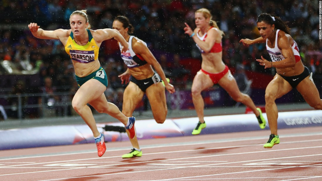 After being talent spotted in primary school the Australian quickly rose to prominence in 2001 when at the age of 14 she won the Australian under-20 100m title.
