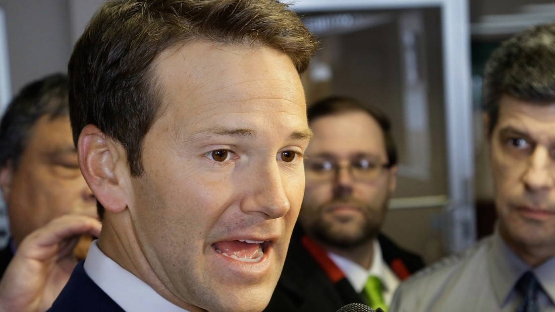 Feds officially dismiss fraud and corruption charges against ex-Rep. Aaron Schock