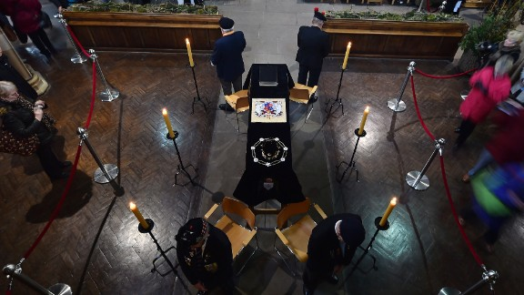 Members of the public view the King's coffin in Leicester Cathedral on Monday, March 23.