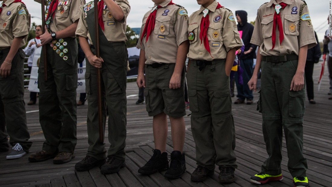 an introduction to the boy scouts and their help with environment These opportunities not only help them when they are young, but carry forward into their adult lives, improving their relationships, their work lives, their family lives, and the values by which they live.