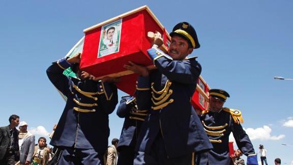 On March 25, honor guards in Sanaa carry the coffins of victims who were killed in suicide bombing attacks several days earlier. Deadly explosions in Sanaa rocked two mosques serving the Zaidi sect of Shiite Islam, which is followed by the Houthi rebels that took over the capital city in January.
