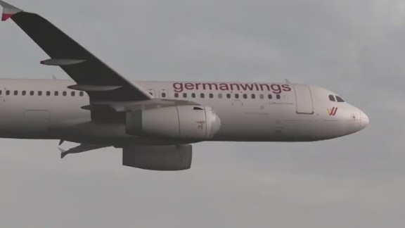 cnni quest germanwings plane crash pilot locked out of cockpit_00004208.jpg