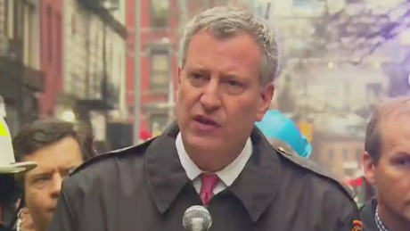 bts presser new york mayor on fire in east village_00005714