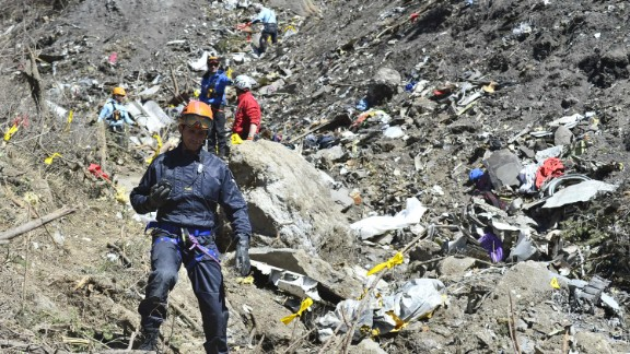 SEYNE, FRANCE - MARCH 26: In this handout image provided by French Interior Ministry, the Rescue workers and gendarmerie continue their search operation near the site of the Germanwings plane crash near the French Alps on March 26, 2015 in La Seyne les Alpes, France. Germanwings flight 4U9525 from Barcelona to Duesseldorf has crashed in Southern French Alps. All 150 passengers and crew are thought to have died. (Photo by Francis Pellier MI DICOM/Ministere de l'Interieur/Getty Images)