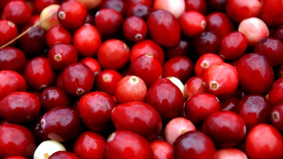 CARVER, MA - OCTOBER 22:  Cranberries are harvested at Weston Cranberry Farm October 22, 2004 in Carver, Massachusetts. Most of the worlds cranberries are harvested on 37 thousand acres in five states, with Massachusetts being the leading producer.   (Photo by Darren McCollester/Getty Images)