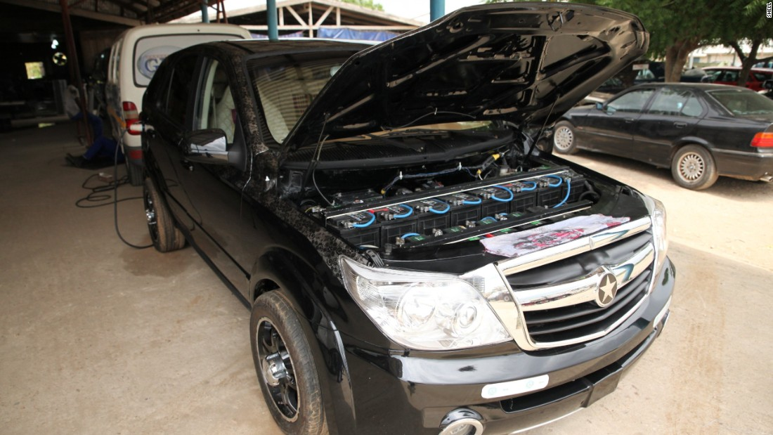 Ghanaian inventor, Apostle Safo, is building SUVs with electric motors powered by rechargeable batteries.