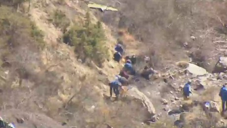 lead dnt marsh germanwings final moments cell video_00000403.jpg