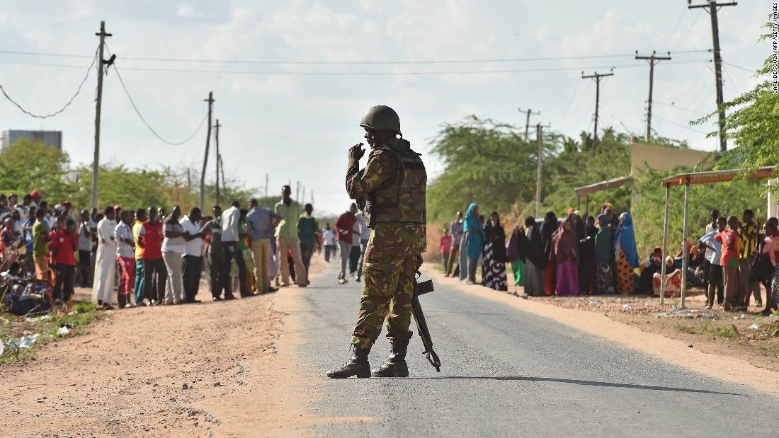 A Kenyan soldier stands guard in Garissa on April 2, 2015.