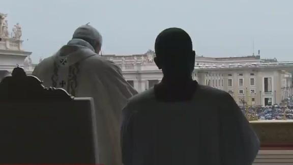 lok wedeman vatican pope easter mass_00001524.jpg