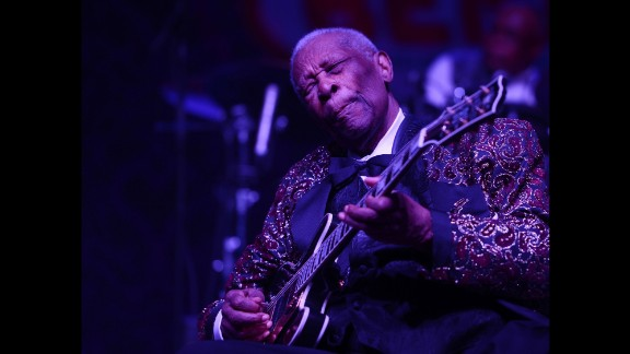 King performs at the 2014 Big Blues Bender in Las Vegas.