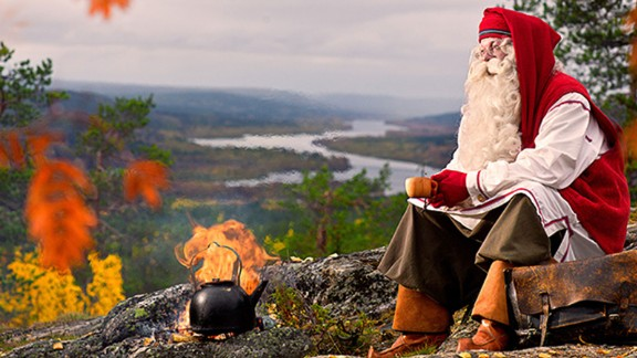 """""""Summer or winter, autumn or spring, we guarantee you'll spend Christmas in style,"""" Luxury Action says. If that includes Santa brewing up, we're in.<br />"""
