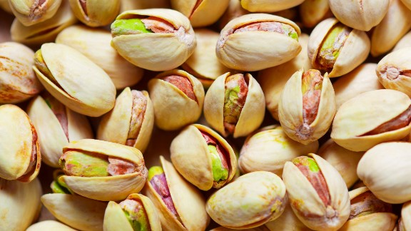 """Snacking is allowed on the MIND diet. It suggests eating nuts five times a week. Eating pistachios has been shown to lower blood pressure <a href=""""http://www.ncbi.nlm.nih.gov/pubmed/25809855"""" target=""""_blank"""" target=""""_blank"""">in some people</a>. Peanuts are known to be a good source of resveratrol, a compound with antioxidants that help brain and heart health, <a href=""""http://www.ncbi.nlm.nih.gov/pubmed/24345046"""" target=""""_blank"""" target=""""_blank"""">earlier studies show. </a>"""