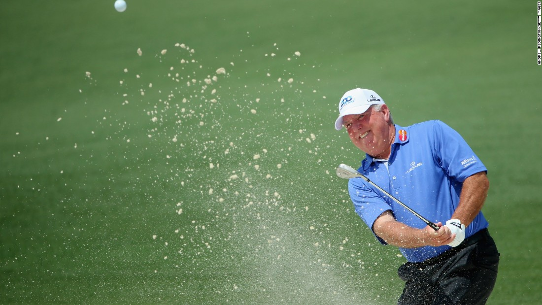 58-year-old Mark O'Meara of the United States shot a -4 in the second round to make his first Masters cut in 10 years.