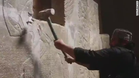ISIS destroys important archaeological site