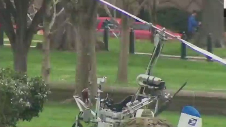 Gyrocopter lands near U.S. Capitol; pilot arrested