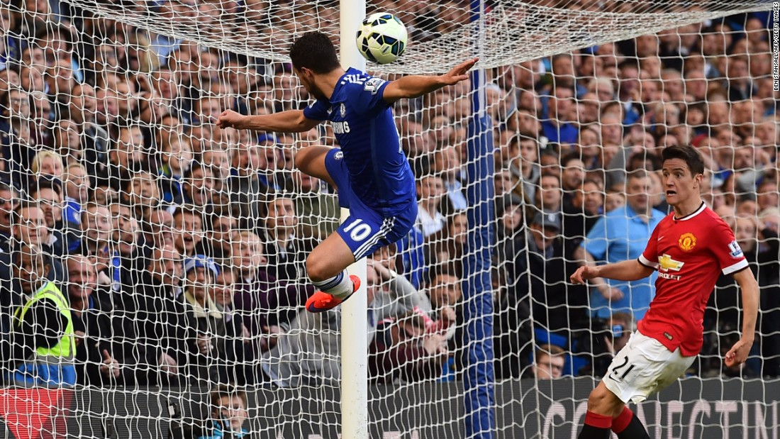Chelsea and Manchester United faced off in the EPL Saturday.