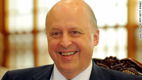 US Deputy Secretary of State John Negroponte smiles during a meeting with South Korean Vice Foreign Minister Kwon Jong-Rak in Seoul on May 8, 2008.  Negroponte is in Seoul to discuss pending issues including the North Korean nuclear issue.