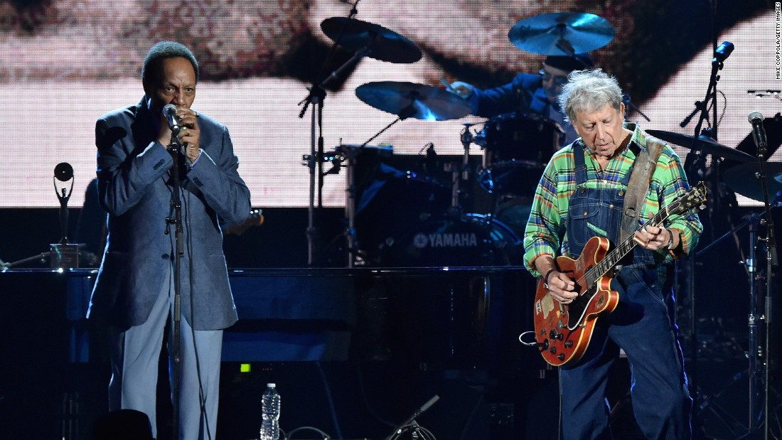 Billy Boy Arnold, left, and Elvin Bishop of the Paul Butterfield Blues Band also were inducted into the Rock And Roll Hall Of Fame in 2015.