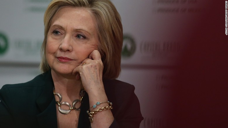Poll: Hillary Clinton's favorability drops