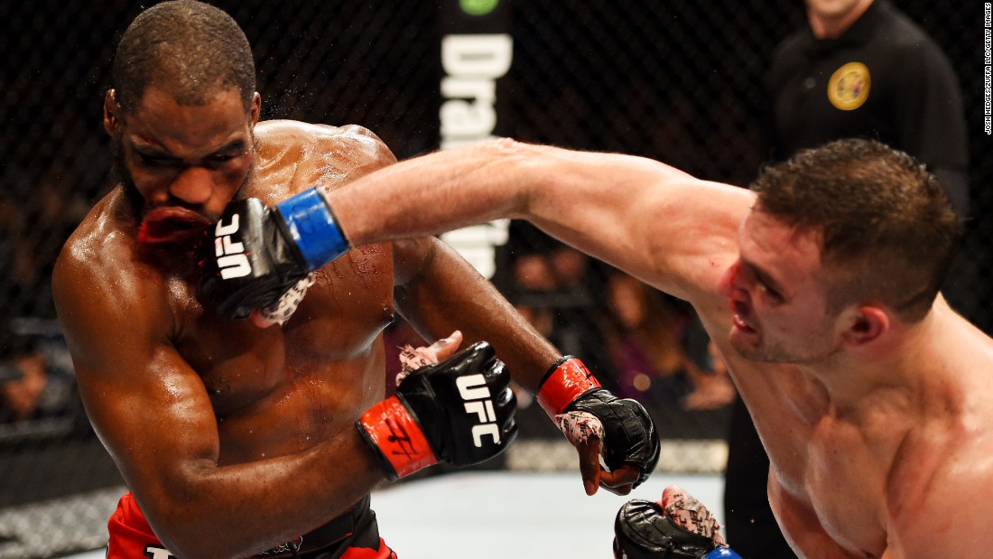 Gian Villante punches Corey Anderson during their light-heavyweight bout Saturday, April 18, in Newark, New Jersey. Villante stopped Anderson in the third round.