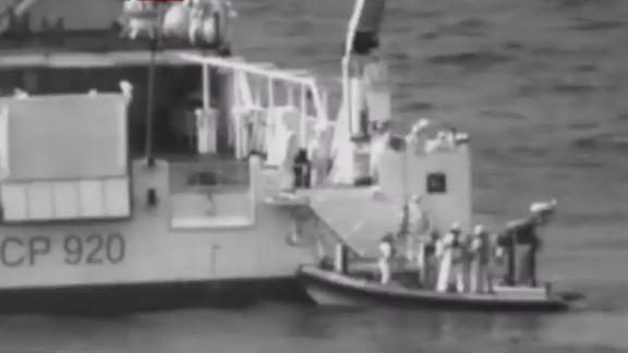cnntoday wedeman migrant ship _00002504.jpg