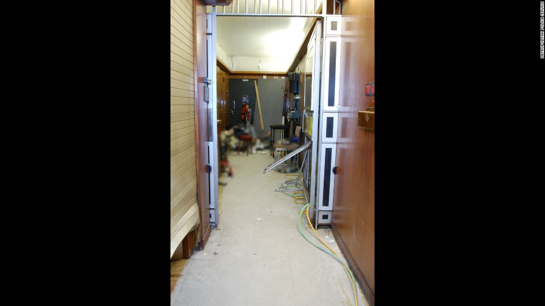 "Here's the hallway leading to the vault. By now you're thinking, ""Doesn't this joint have alarms?"" Yes, it does. In fact, an alarm was activated, recorded and transferred to a computer-aided dispatch system used by police. However, the alarm had a ""grade"" that meant <a href=""http://www.cnn.com/2015/04/10/europe/london-hatton-garden-heist/"" target=""_blank"">no police response was required</a>, according to investigators. Even though police say it's too early to determine whether applying the correct grade would have stopped the heist, you have to think someone has some explaining to do here."