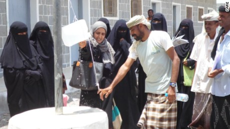 Iftekar, who works with CARE in Yemen, engaging in her job of providing water resources to people in Aden before the airstrikes began.