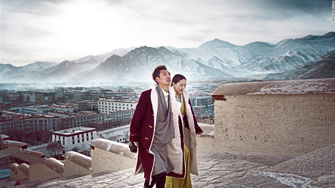Gerong Phuntsok, 30, and Dawa Drolma, 26, both grew up in the Tibetan part of China's Sichuan Province. Their unconventional pre-wedding photos became a nationwide hit on social media.