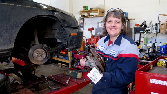 All of the 2015 CNN Heroes show how one person can truly make a difference. Cathy Heying helps the needy repair their vehicles at low cost so they can continue on the road to success. Heying has provided affordable car repairs to hundreds of low-income individuals, saving them a total of over $170,000. Click through the gallery to meet more 2015 CNN Heroes.