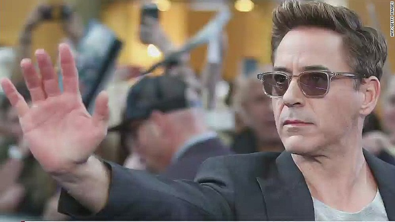 sot cnni robert downey jr walks out of interview_00003914