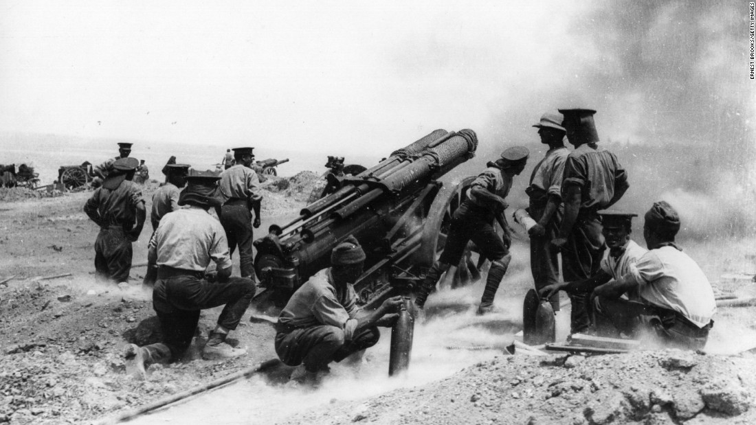 While numbers vary, the Gallipoli campaign resulted in hundreds of thousands of casualties on both sides. For the Allies, it was considered a military failure, though the bravery of the troops in the face of crushing defeat has long been celebrated in Australian and New Zealand culture. Here, a 60-pounder heavy field gun fires from a clifftop at Helles Bay, Gallipoli, Turkey.