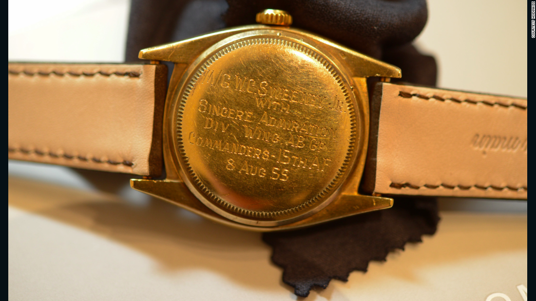 The estimate for this yellow-gold 6062 with black dial is 300,000 to 600,000 Swiss Francs ($313,000 to $626,000).