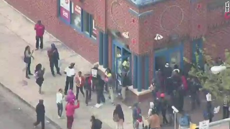 Rioters loot pharmacy in Baltimore