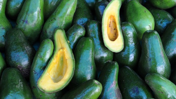 Avocados, though fatty, are full of healthy unsaturated fats which helps brain cell membranes stay flexible. The monounsaturated fatty acids in avocados have been proven to protect nerve cells in the brain and also improve the brain's muscle strength. <br />