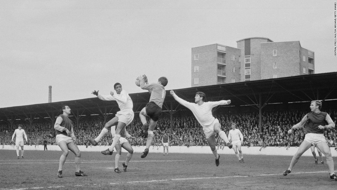 Johanneson helped Leeds win the Second Division title in 1964, scoring 15 goals from the wing. His pace and trickery bamboozled defenders and won him plenty of admirers.