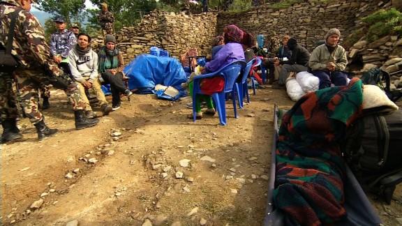 pkg udas nepal langtang evacuations_00001505.jpg