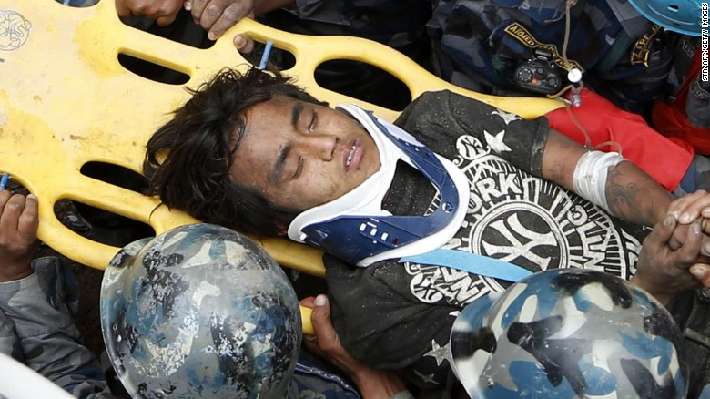 Teen rescued from rubble in Kathmandu