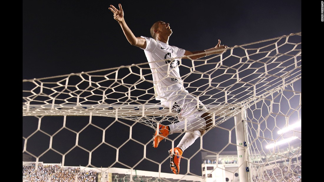 David Braz of Santos celebrates at end of the final match against Palmeiras in Santos, Brazil, on Sunday, May 3. The team won in a penalty shootout after tying 2-2.