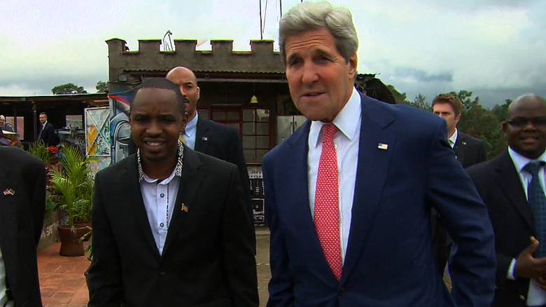 U.S. Secretary of State makes historic visit to Somalia
