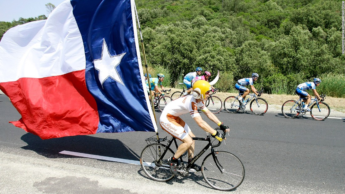 "<strong>The Best -- </strong>2. Texas<br />""Emblematic of the 'Lone Star State', the flag of Texas uses the national colors and is the best-selling state flag in the country. It once flew over the independent Republic of Texas."" -- Ted Kaye, author of ""Good Flag, Bad Flag"""