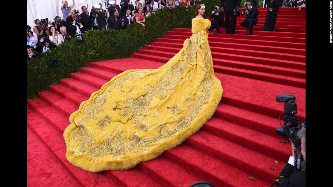 "Rihanna arrives at the <a href=""http://www.cnn.com/2015/05/04/living/gallery/met-gala-red-carpet-2015/index.html"" target=""_blank"">Metropolitan Museum of Art's Costume Institute Gala</a> in New York on Monday, May 4. The high-fashion event raises money in support of the museum's costume institute. The theme of this year's Met Gala, also called the Met Ball, was ""China: Through the Looking Glass."""