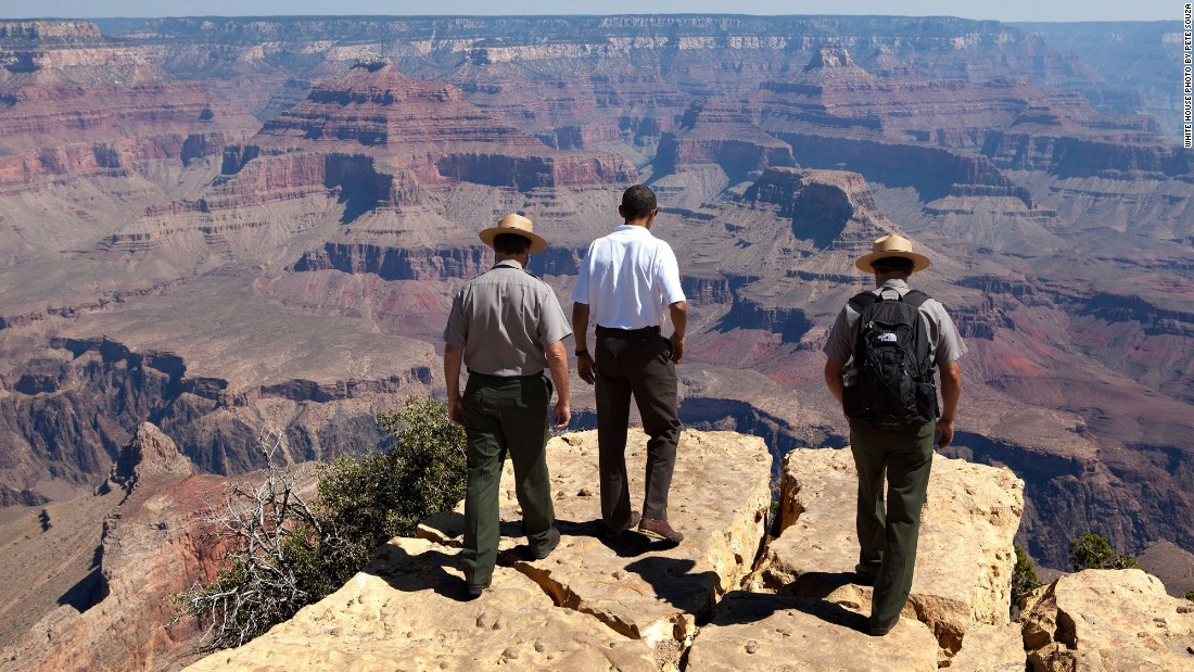 Viewing the Grand Canyon in Arizona on August 16, 2009.