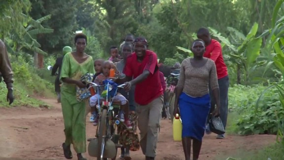 sot burundi refugees cross into rwanda_00000101.jpg