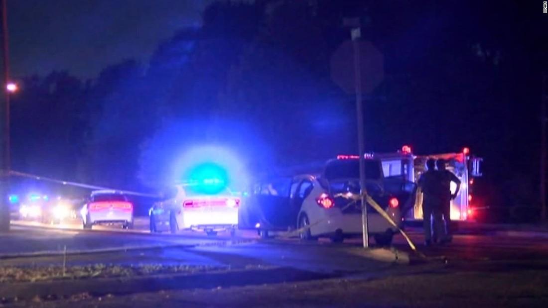 2 police officers shot in Mississippi