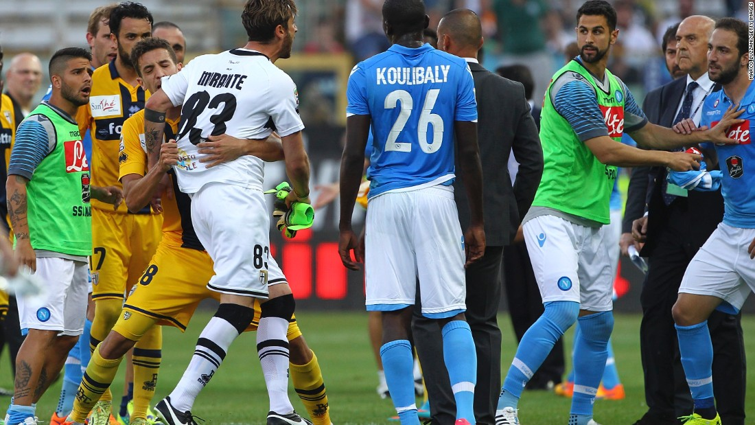 Tempers boiled over after the game as the draw meant Napoli remain three points behind Lazio in the race for the final Champions League spot.