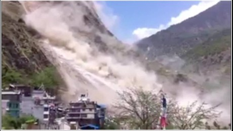 cnnee vo nepal landslide dhunche red cross canada_00000321
