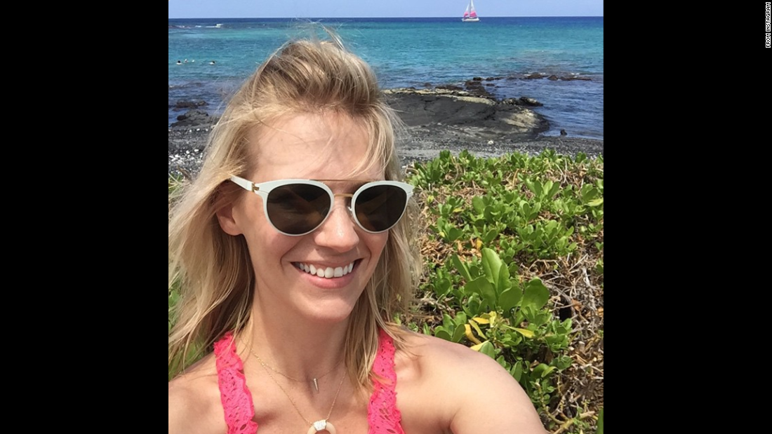 "Actress January Jones <a href=""https://instagram.com/p/2WwH4_CtGi/"" target=""_blank"">posted this selfie to Instagram</a> on Wednesday, May 6, with the caption ""#sailboat (beyonce voice)."""